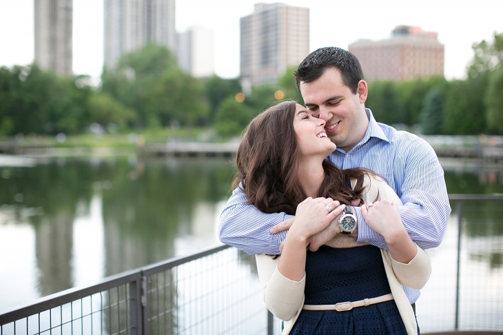 lincoln-park-zoo-engagement-photos_0001